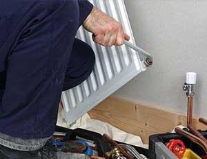Reparación radiador calefacción fontanero